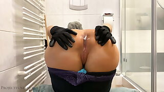 Cleaning lady is used from behind - projectsexdiary