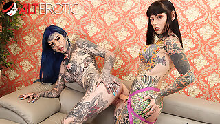 Tattooed babes Amber Luke & Tiger Lilly play with fucktoys