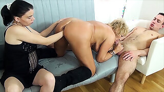 mommy fist fucked by stepsiblings