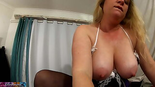 Cleaning damsel grinding cock POV