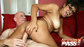Latina Assistant Jasmine Lopez – Hooter Fuck And Romp