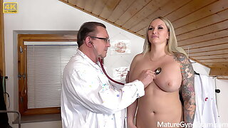 Big busty pornstar Jarushka Ross has kinky gynecology exam