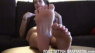 Let me wiggle my little toes for you