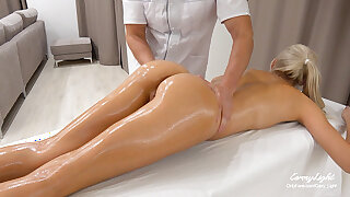 Sudden Sex with In-Home Massage Therapist – Unprotected sex