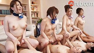 JAVHUB – Four Chinese girls take turns fucking four men
