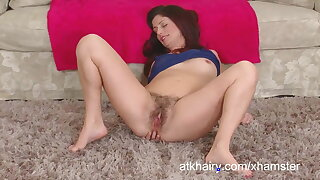Alicia Silver plays with her pubes and shows off