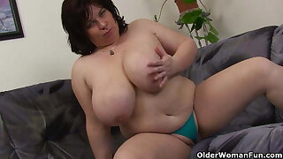 Busty and mature Plus-size masturbates with vibrator