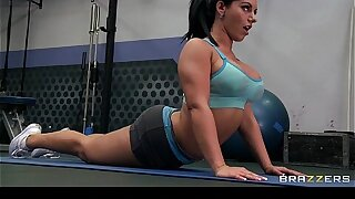 Mischievous big-boob slut gymnast Bella Reese fucks trainer's big-dick