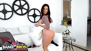BANGBROS - Behind-the-scenes With Big Tits MILF Pornstar Kendra Lust!