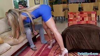 Pornstar babe catches stud snif her undie