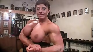 Girl Bodybuilder Thick Tits in the Gym